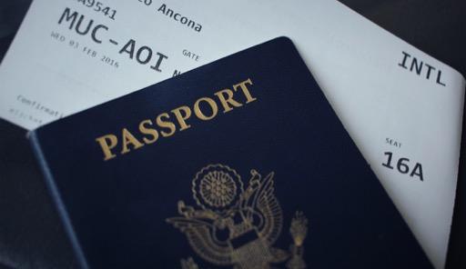 身分証明書(パスポート)
