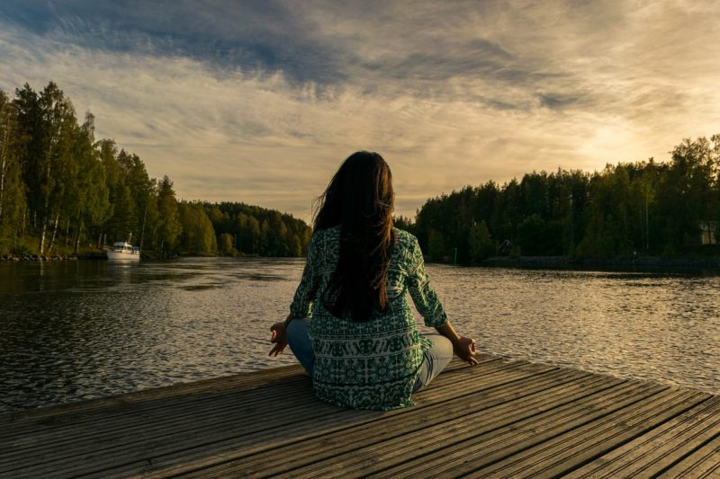 瞑想と自己肯定感